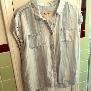Cotton short sleeved buttoned shirt